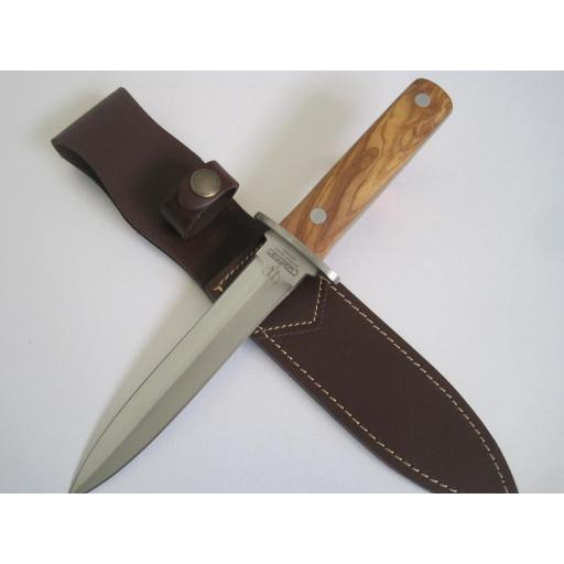 261L Cudeman Olive Wood Hunting Dagger