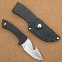 133h-cudeman-black-suregrip-guthook-skinning-knife-[5]-36-p.jpg