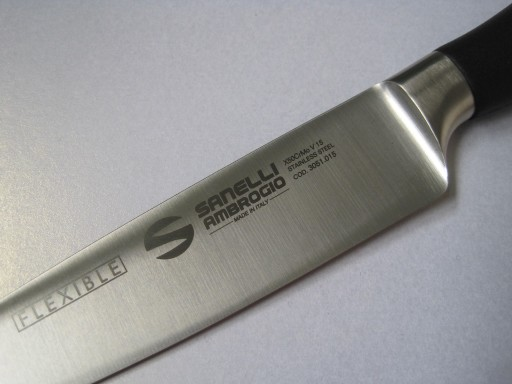 flexible-fish-filleting-knife-6-inches-15cm-from-the-master-range-by-sanelli-ambro-[3]-273-p.jpg