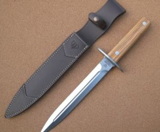 113l-cudeman-hunting-dagger-with-olive-wood-handle-[5]-24-p.jpg