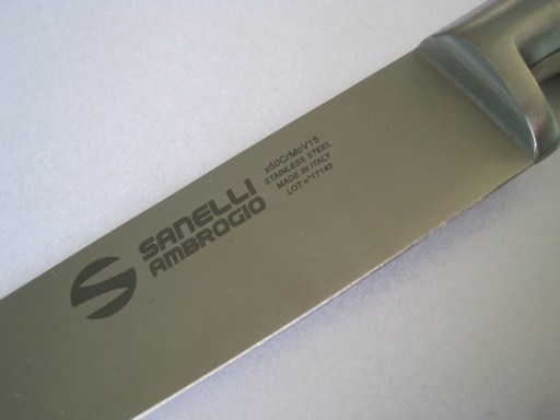 carving-knife-9-inches-23cm-from-the-chef-range-by-sanelli-ambrogio-[2]-342-p.jpg